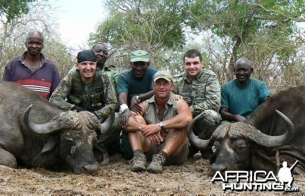 Two hunters, one rifle (404 Jeffery) and 2 buffaloes on the spot..
