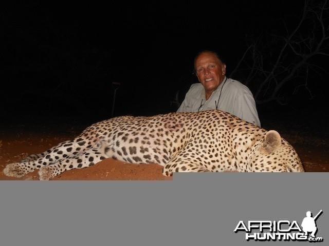 Spear safari Leopard