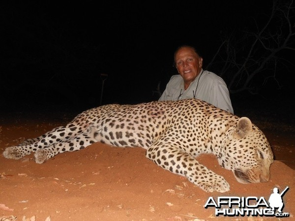 Spear safari Leopard