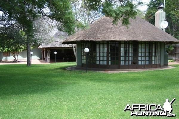 Lianga Safaris Lodge