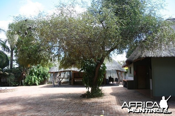 Lianga Safaris Lodge