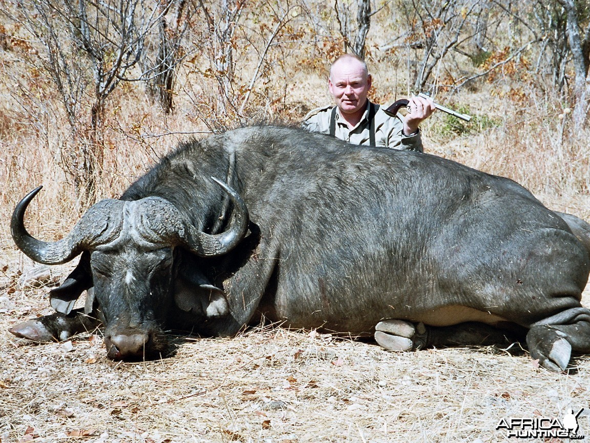 Buffalo hunted with FA .454 Handgun