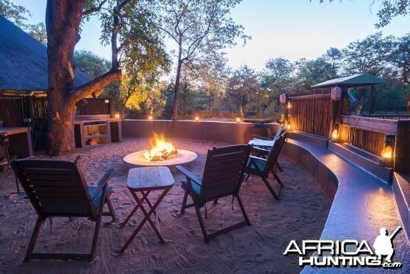Spear Safari Camp fire activitiy