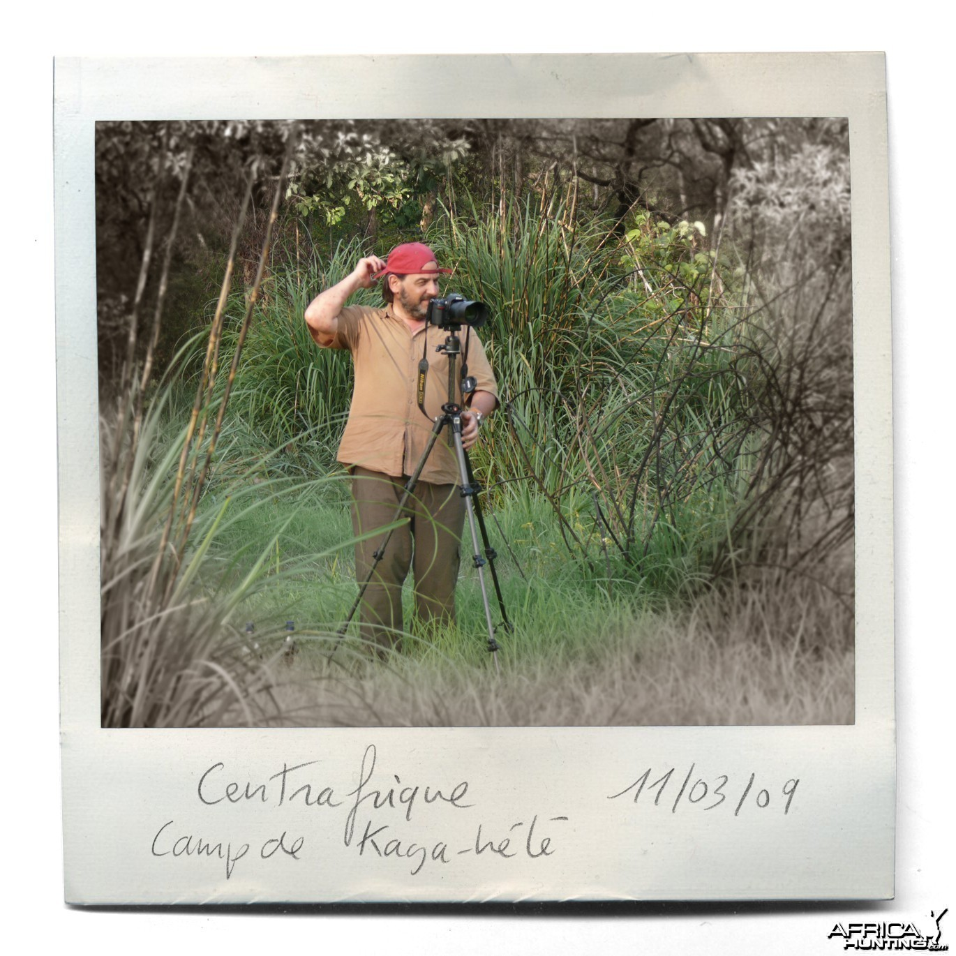 Wildlife Artist Marcello Pettineo - In The Field in C.A.R.