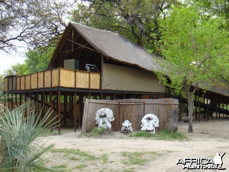Johan Calitz Safaris Botswana - Qorokwe Camp