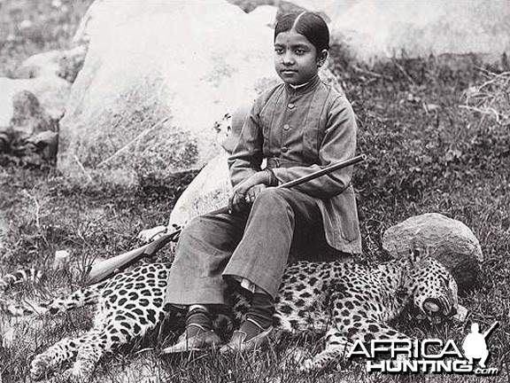 Maharajah's daughter with Leopard