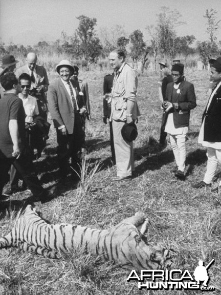Queen Elizabeth II and Prince Philip on Tiger hunt in India 1961