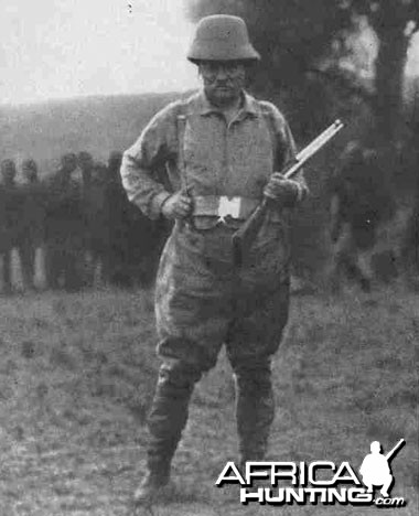 Theodore Roosevelt 1009 Hunting in Africa