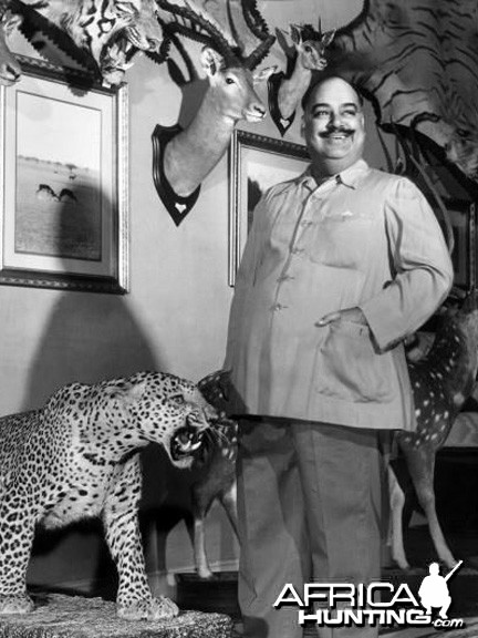 Maharaja of Bikaner and his trophies