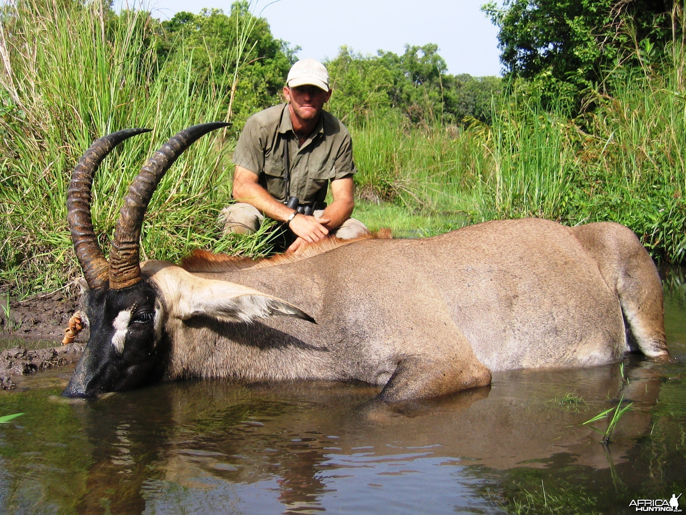 I shot this Roan while he was eating algae in the river !!!