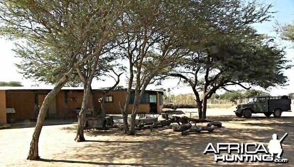 Bushcamp - Kataneno