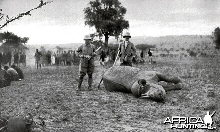 Theodore Roosevelt, Captain Slatter and rhino shot by Mr. Roosevelt at Kili