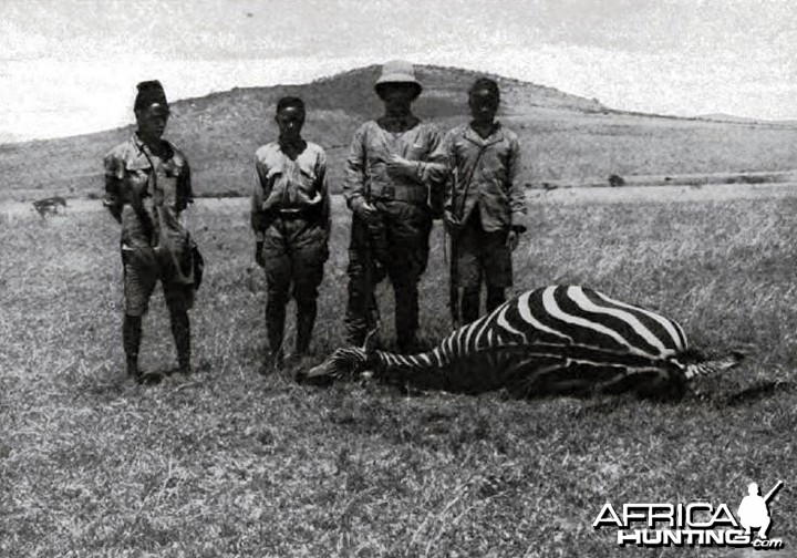 http://www.africahunting.com/hunting-pictures-videos/watermark.php?file=6835&size=1