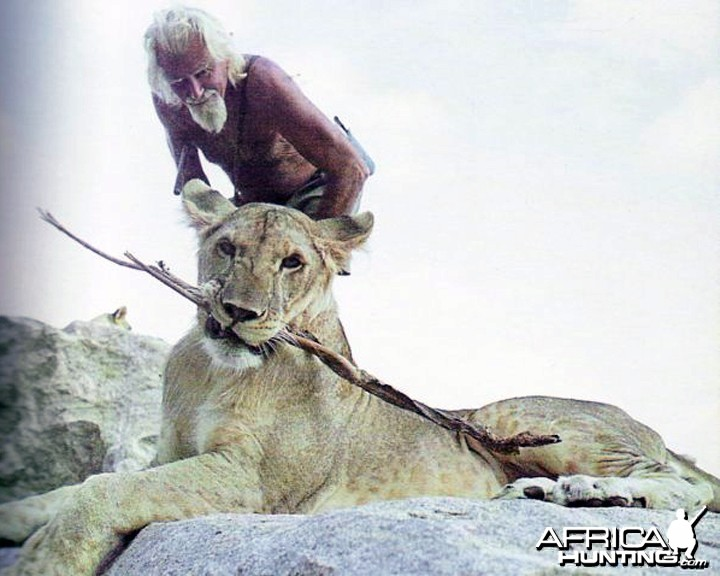 George Adamson with Arusha