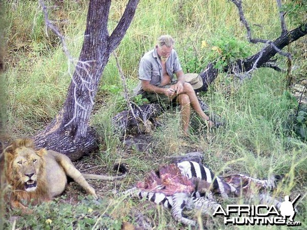George Adamson with Lion and kill