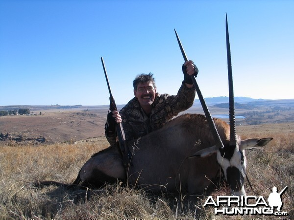 "Hunting with Clients, 39"" Oryx"