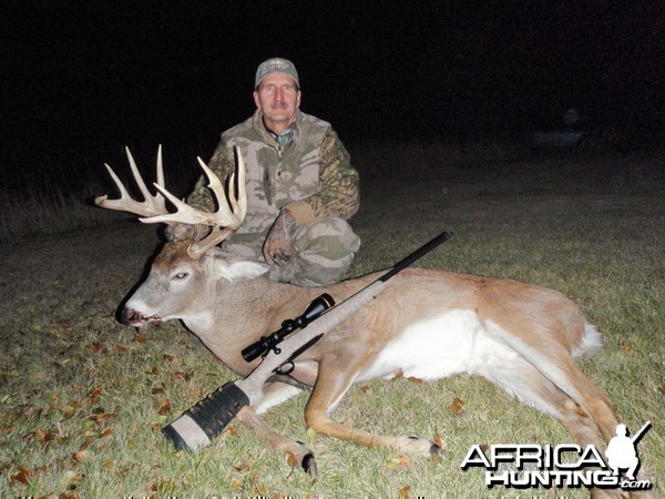 Canada Whitetail Hunt