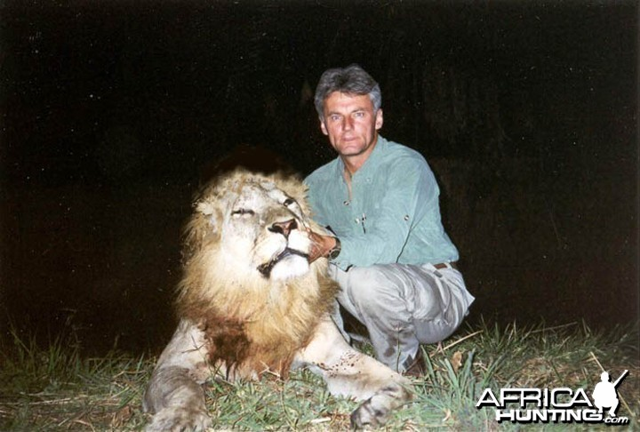 Hunter and Writer J. Alain Smith Lion