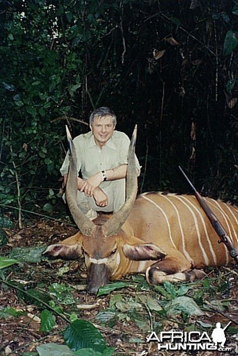 Bela Hidvegi with Bongo hunted in Cameroon