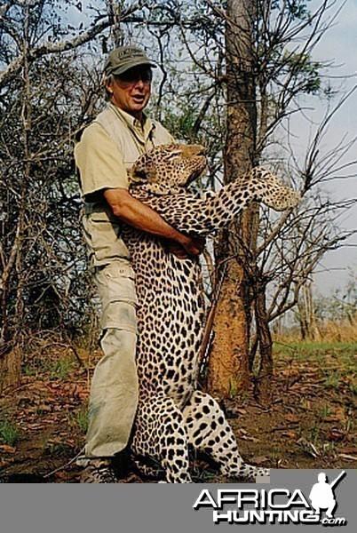 Bela Hidvegi with Leopard hunted in Tanzania