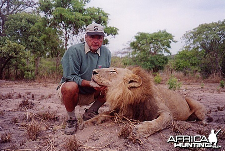 Bela Hidvegi with Lion hunted in Tanzania
