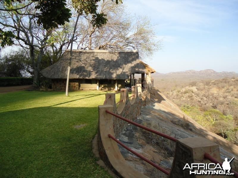 The grounds around the lodge at Touch Africa Safaris