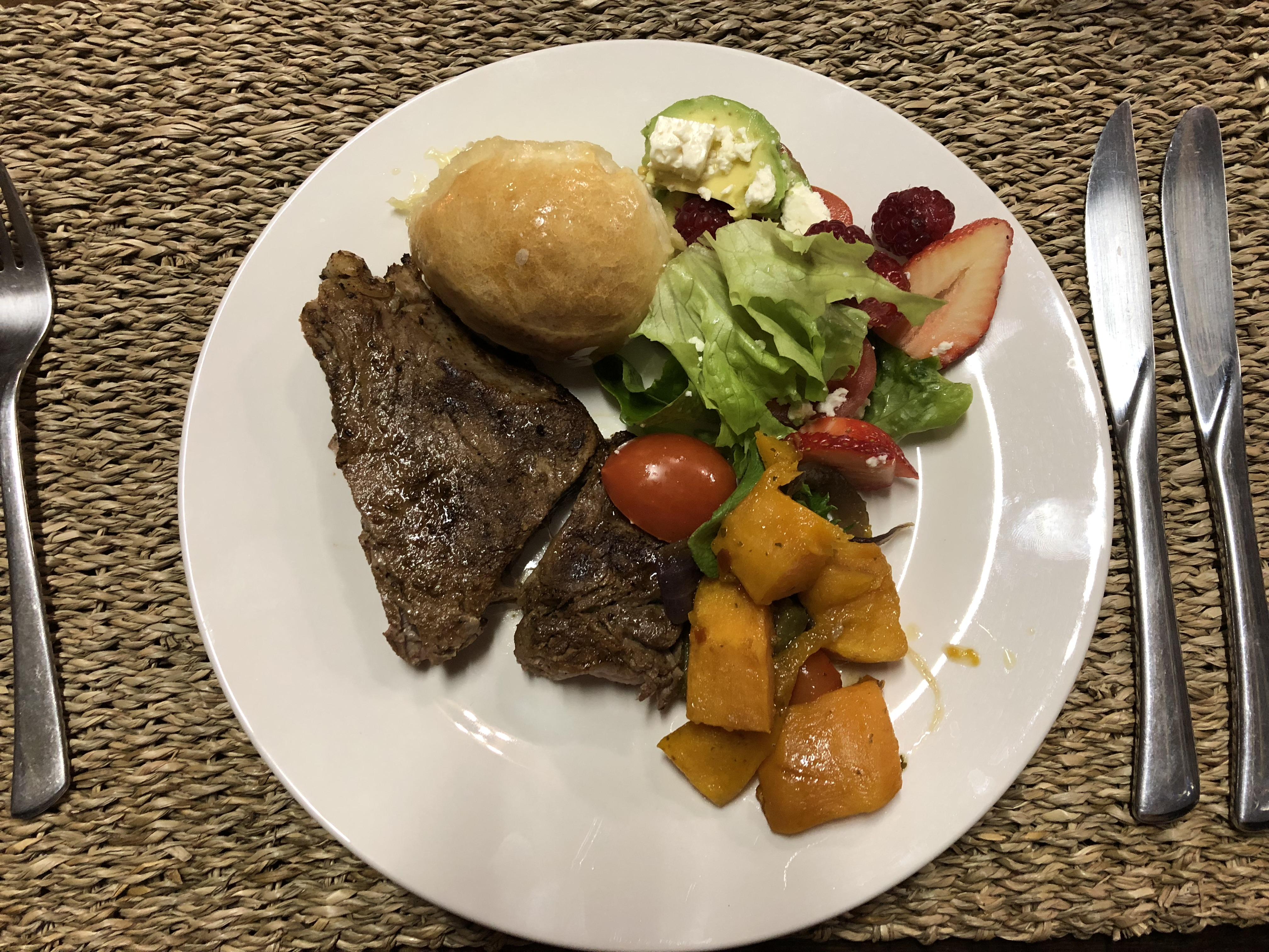 11.0 GL BD dinner.JPG