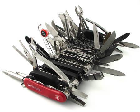 a97049_g028_9-swiss-knife.jpg