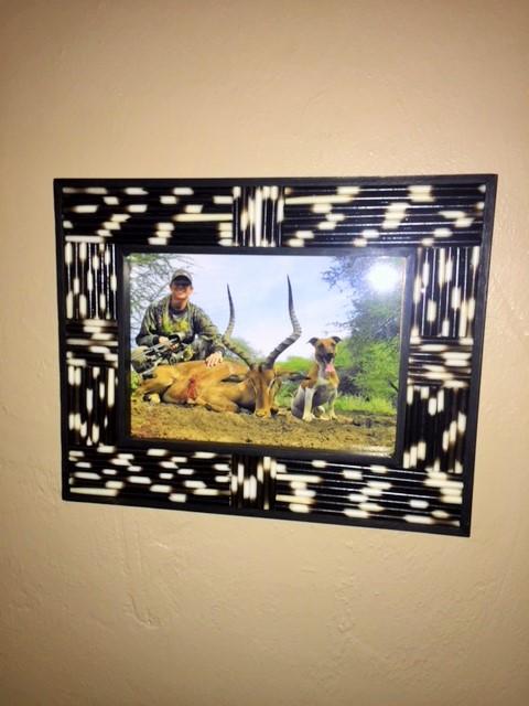 african frame.JPG
