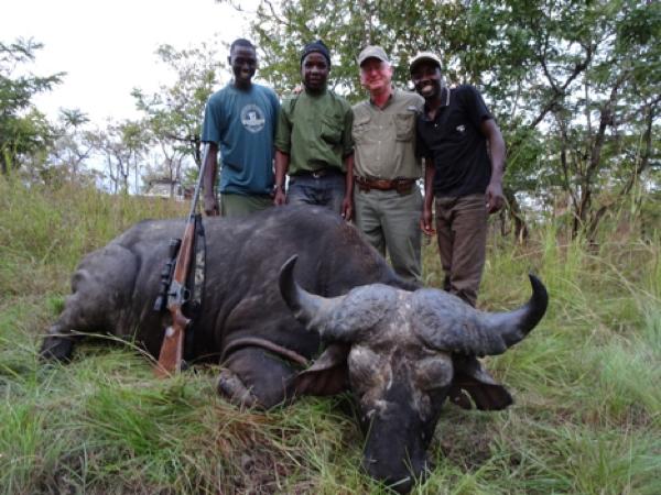 buffalo-hunting-3.jpg