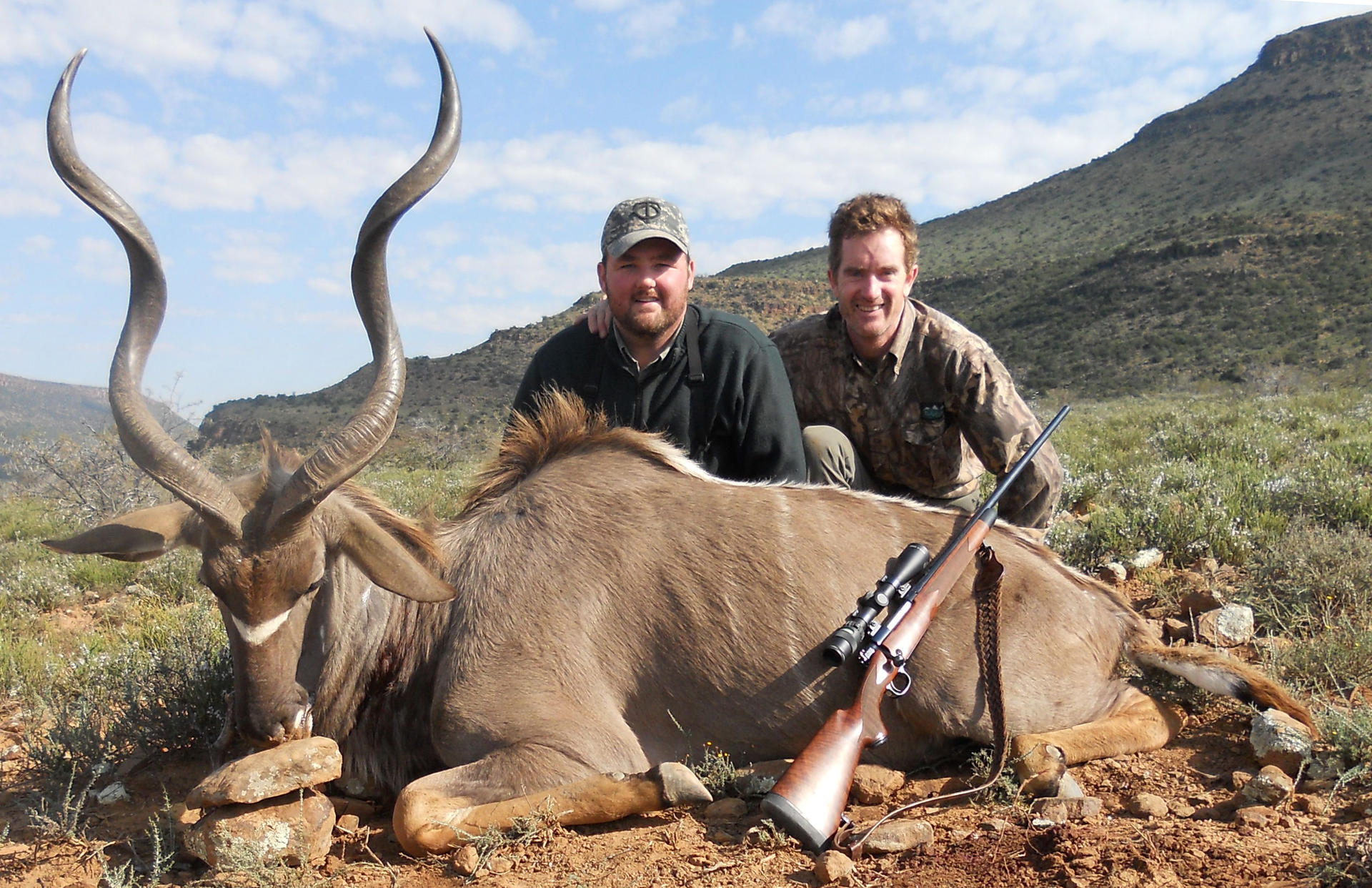 Dave  Steve Mealman hunt(July 2011) 042.jpg