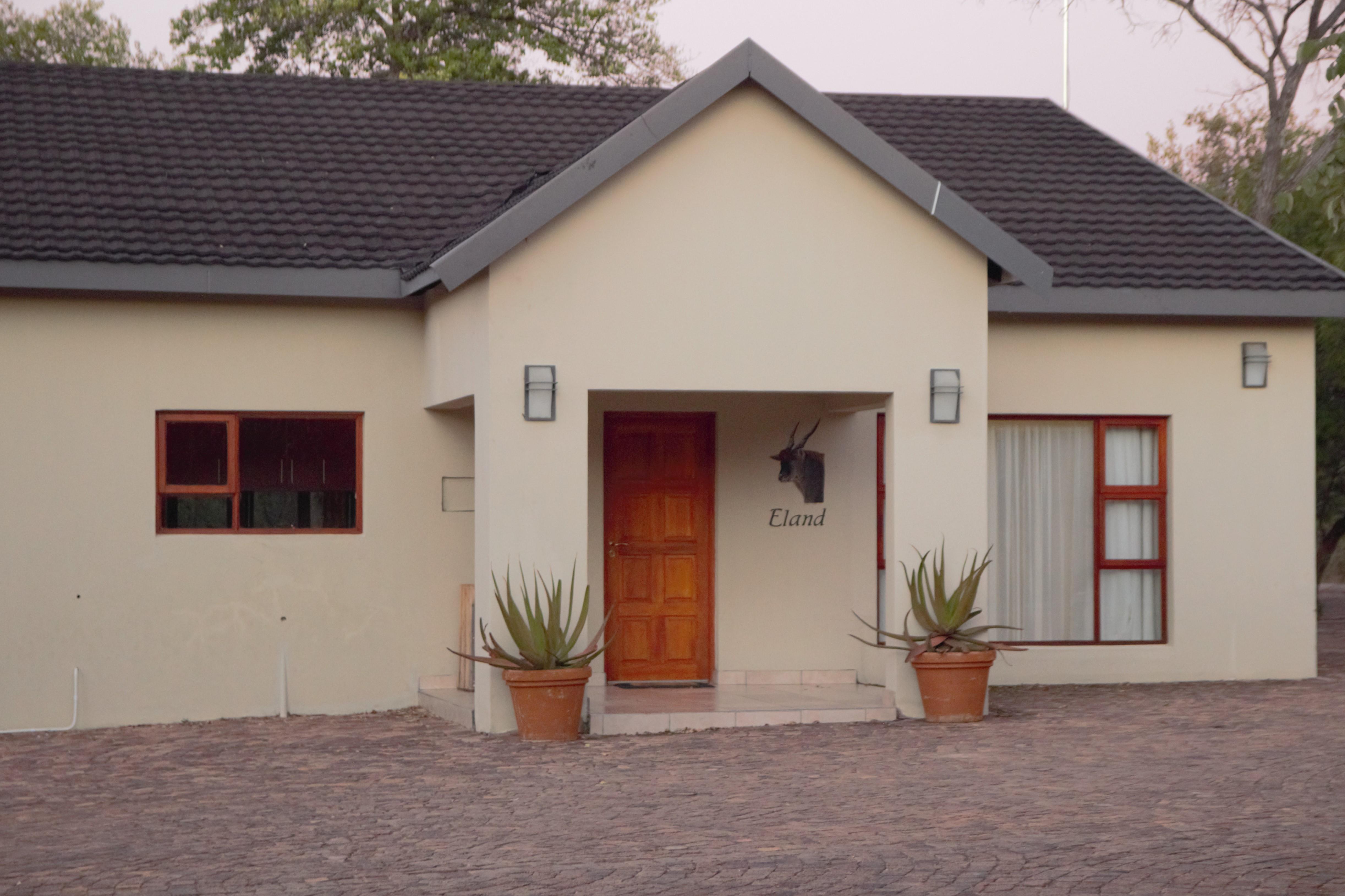 Eland bungaloo Tsala Safaris 2021.jpg