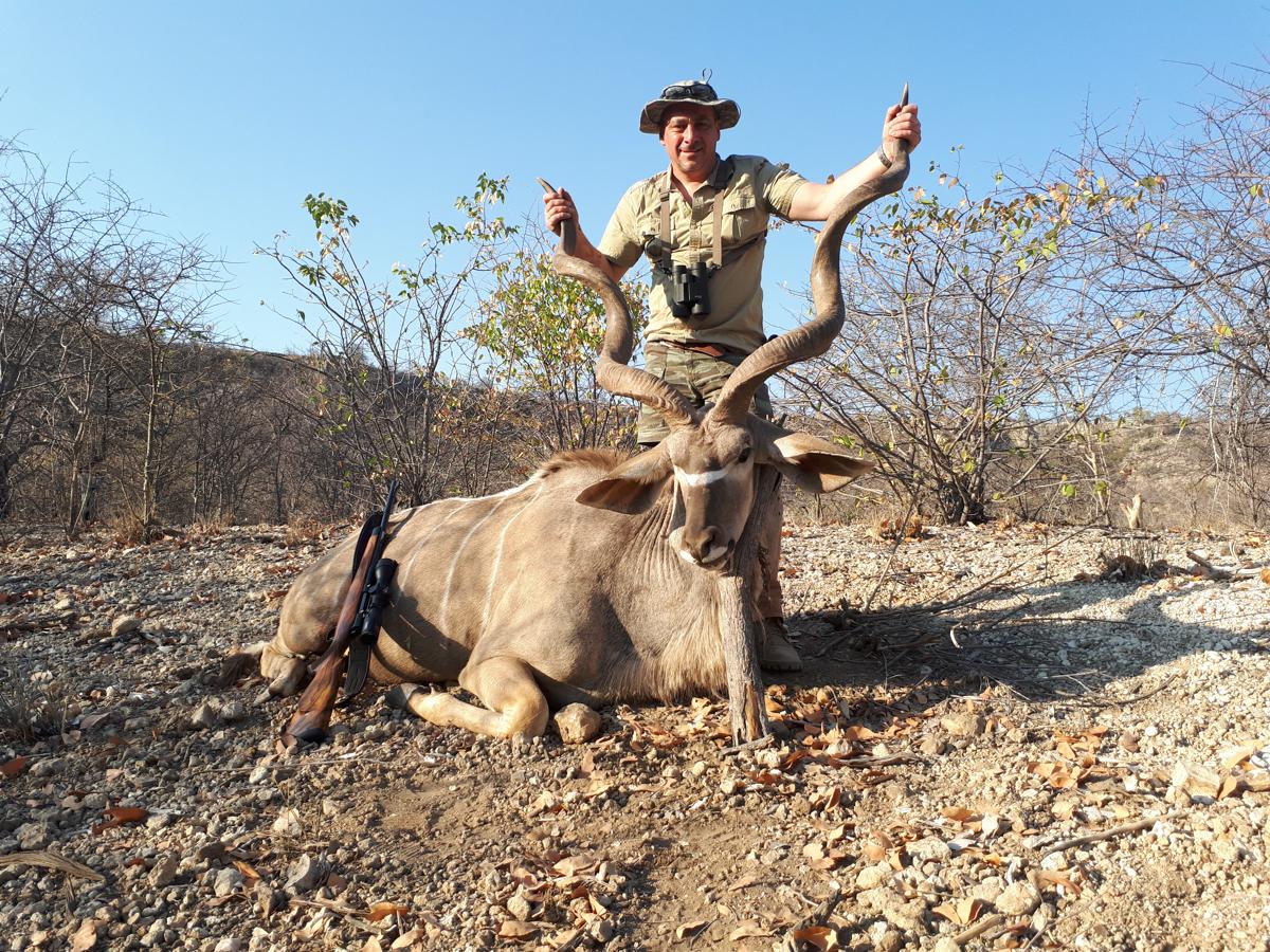 eureka-hunting-safaris-03.jpg