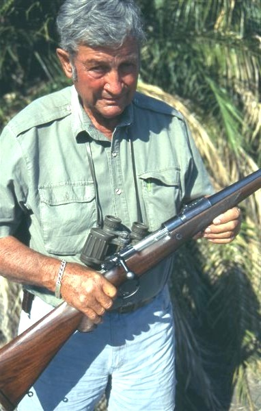 Harry Selby with .416 Rigby rifle.jpg