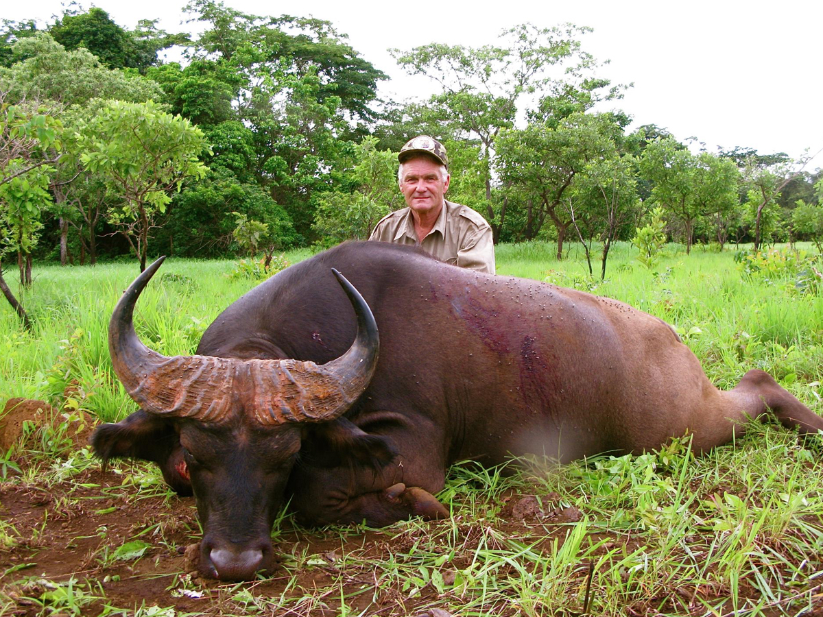 hunting-central-africa-13.jpg