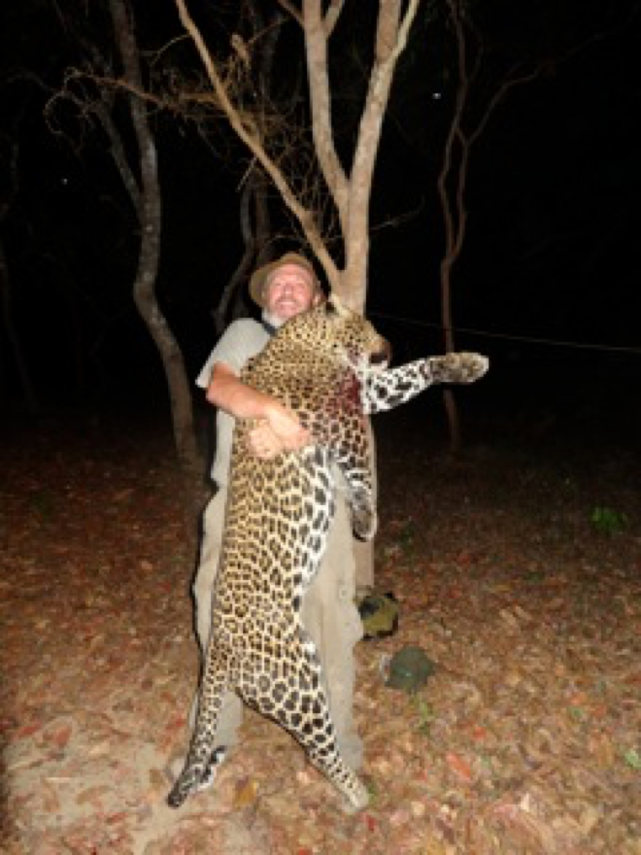 hunting-central-africa-19.jpg