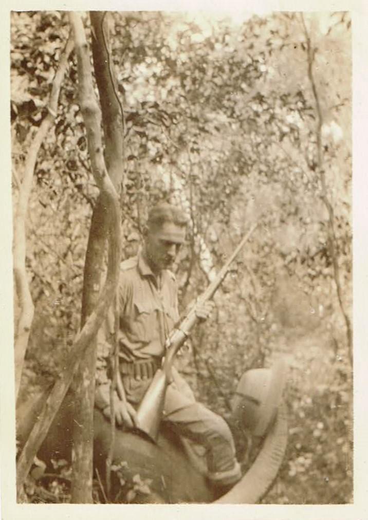 JFE Ceylon Hunt 0132 Buffalo 01 Front 001 (2).jpg