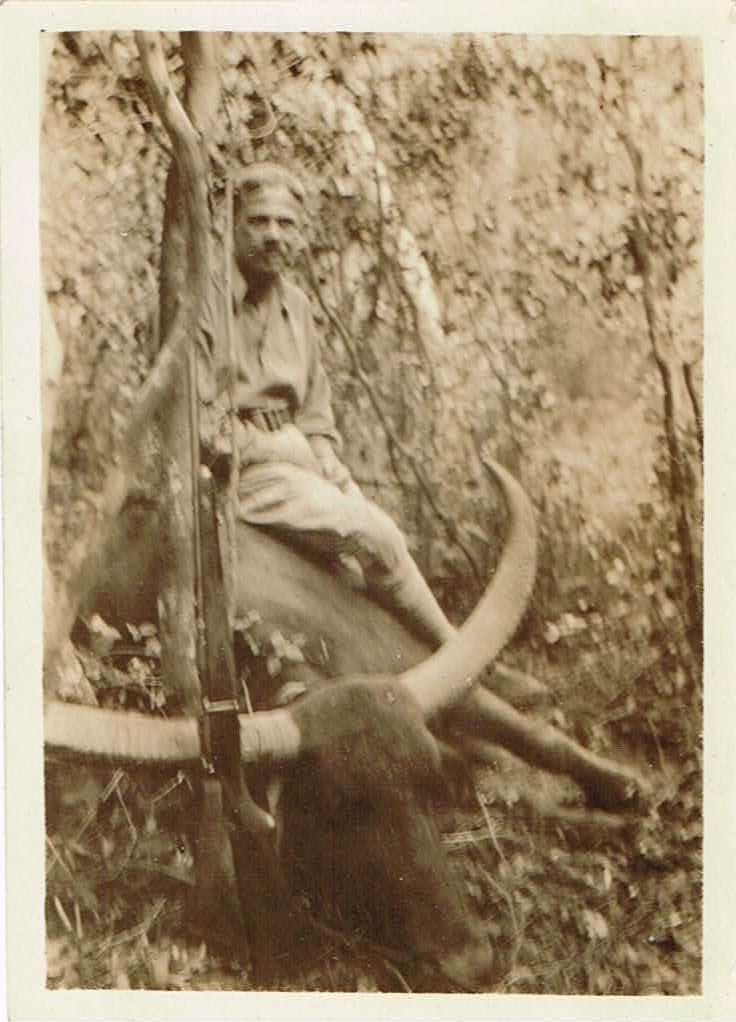 JFE Ceylon Hunt 0132 Buffalo 02 Front 001 (2).jpg