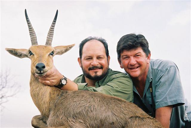 johnny-vivier-professional-hunter-mountain-reedbuck.jpg