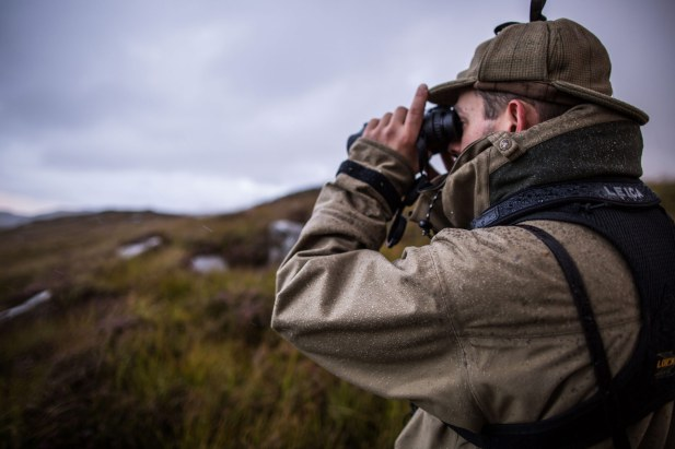 Leica-Hunting-Blog_Niall-Rowantree_Geovids-in-the-rain_Credit-Tweed-Media-klein.jpg