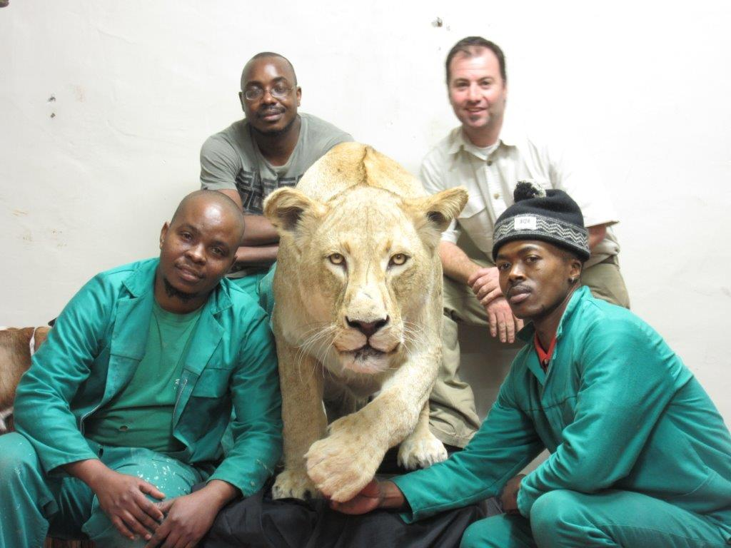 Lion_crew.jpg