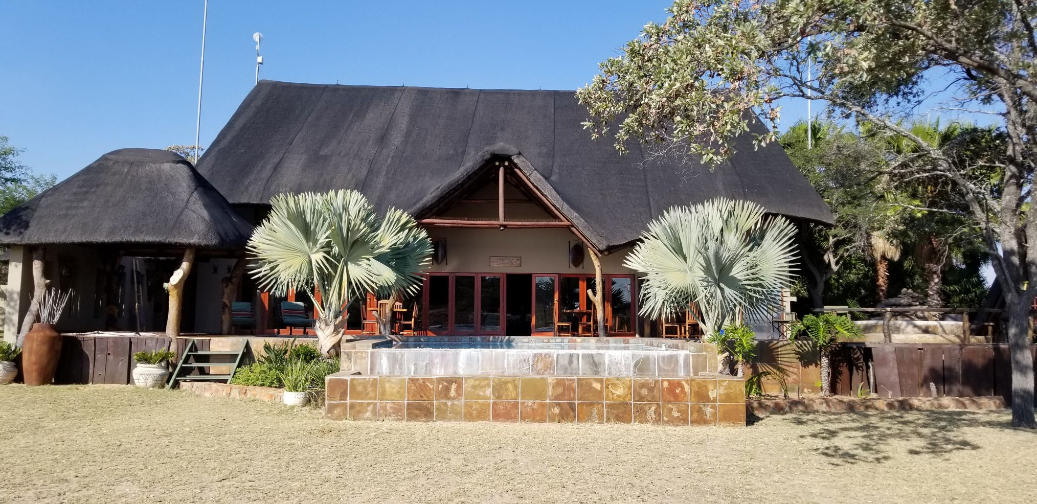 Lodge 4.jpg