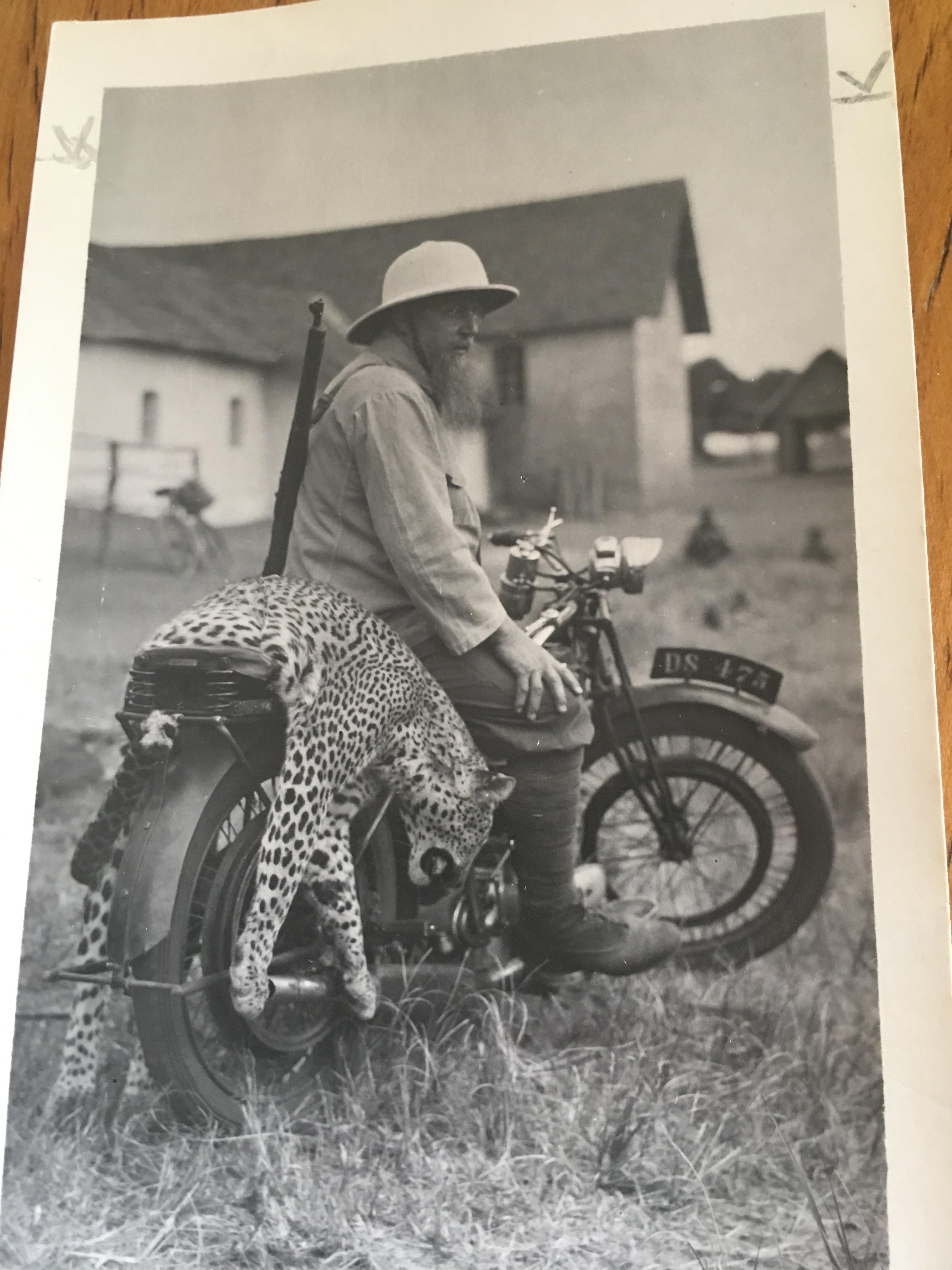 Mönche-born to be wild.JPG