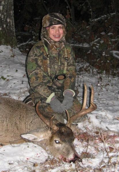Paiges 1st buck.jpg