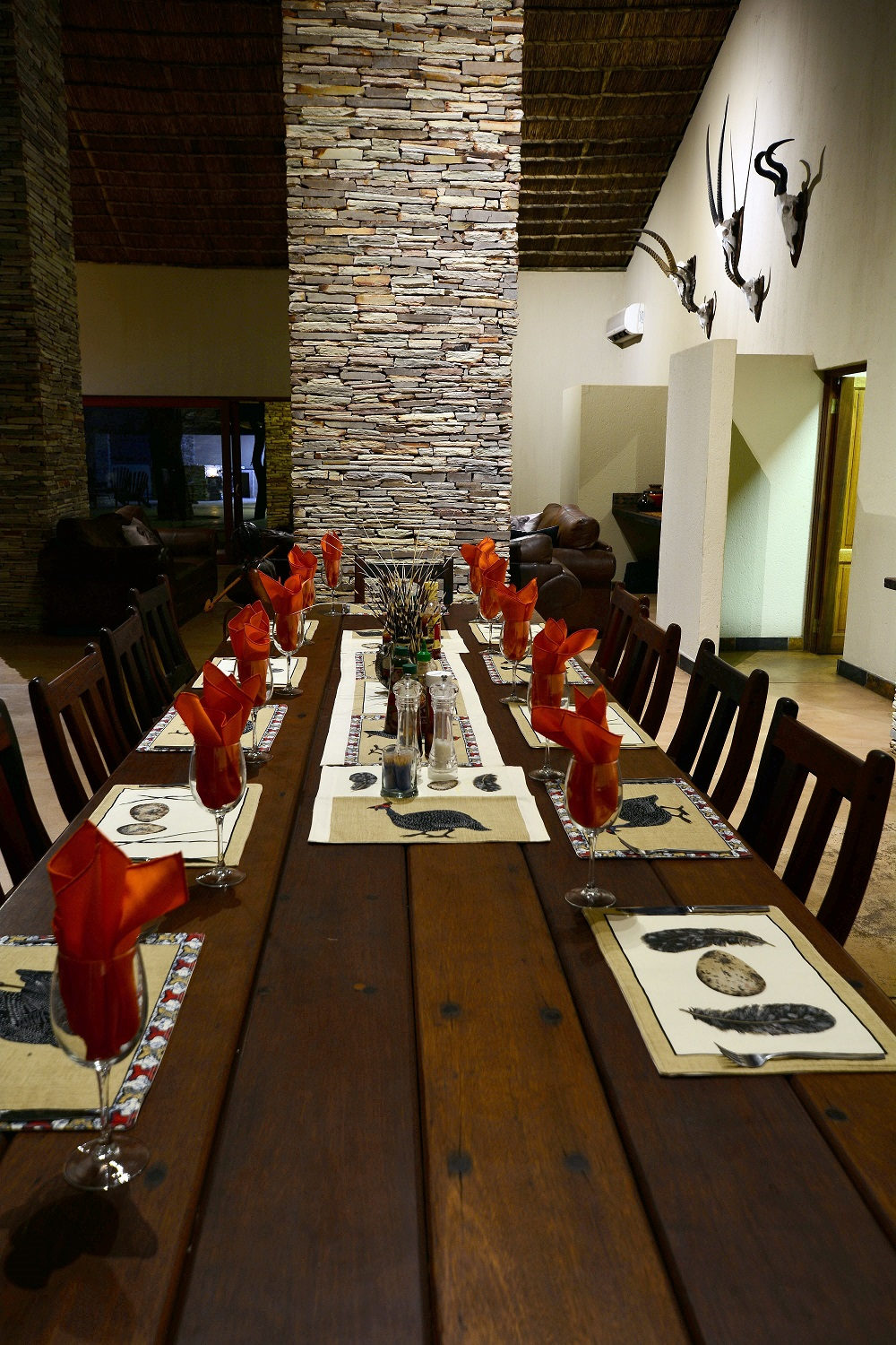 Sable valley dining room.jpg