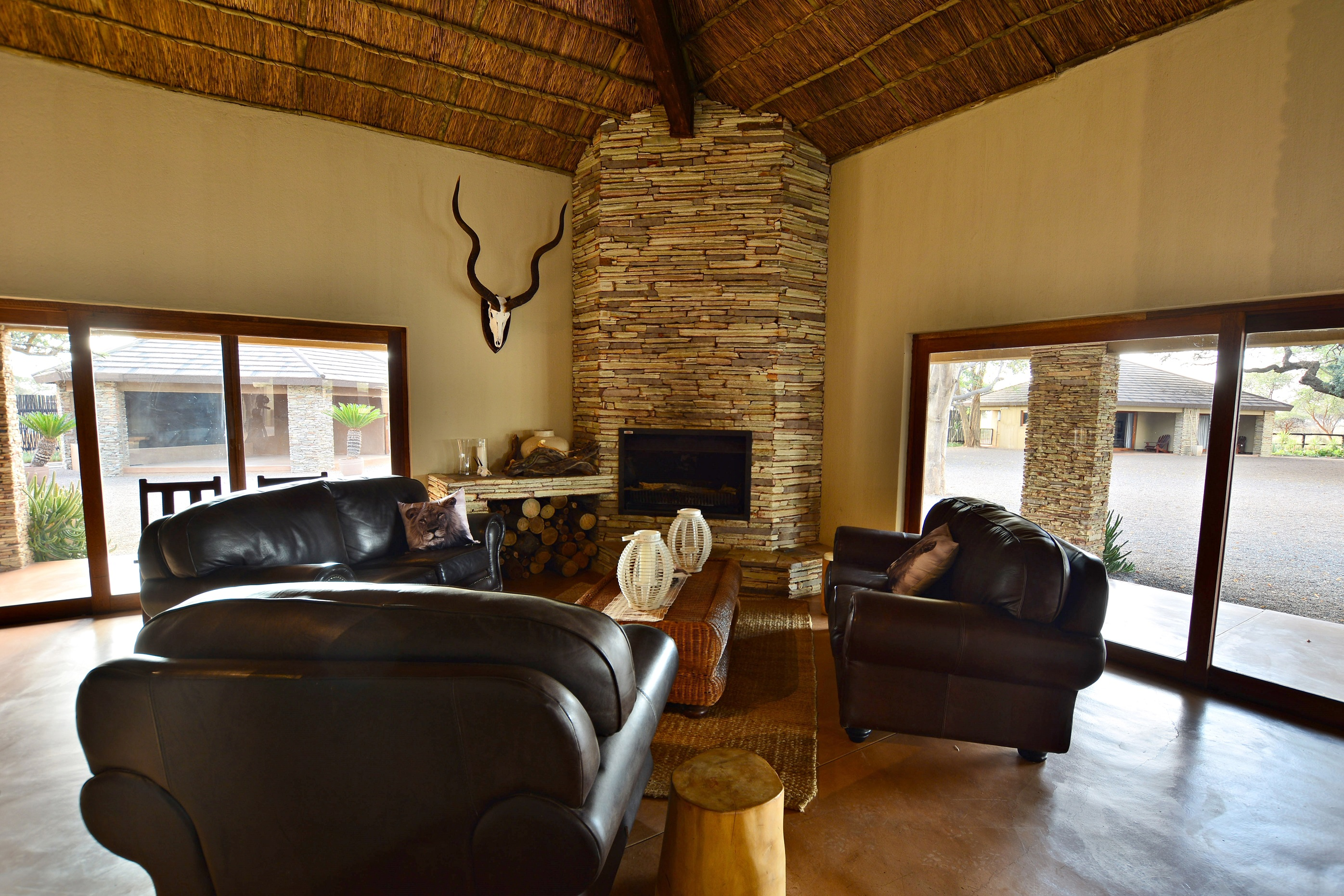 Sable valley lodge inside.jpg