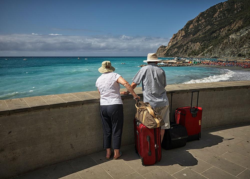TouristsTraveling.jpg