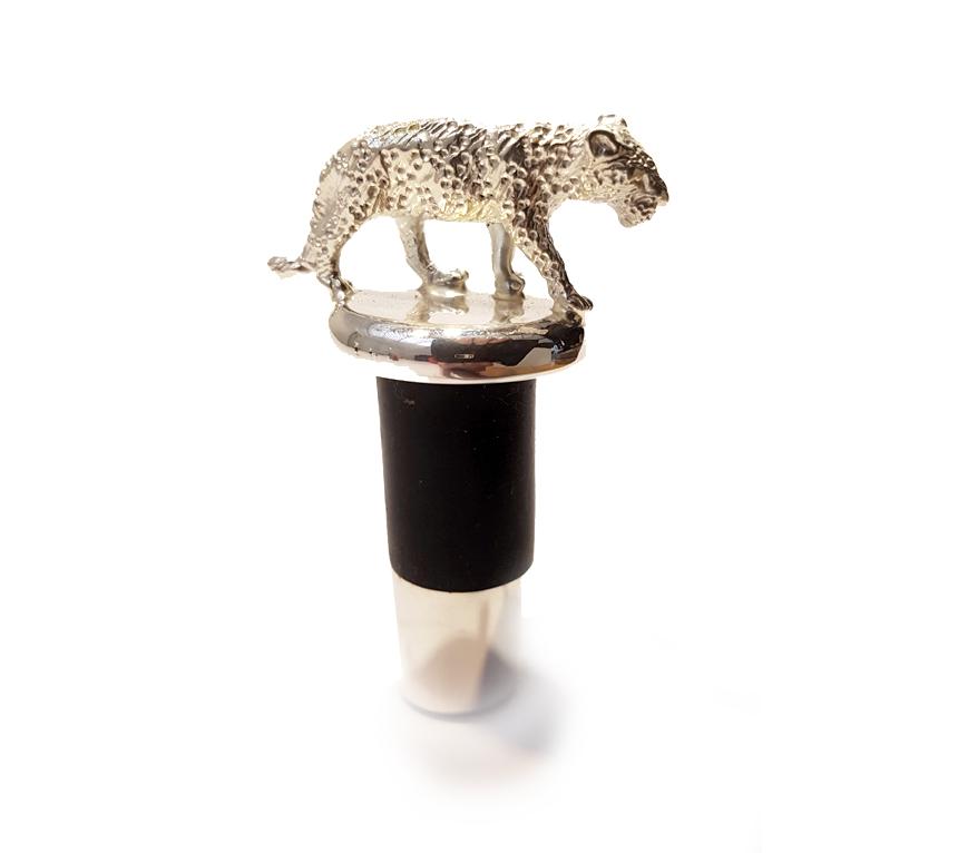 wine-stopper-leopard.jpg
