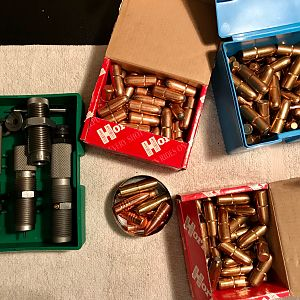 Set of RCBS Dies with shell holder and Lee FCD & Bullets to reload