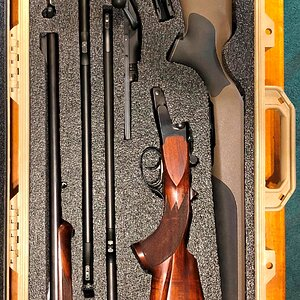 Pelican Case 1700 with Krieghoff + Blaser R8 & 2 barrels